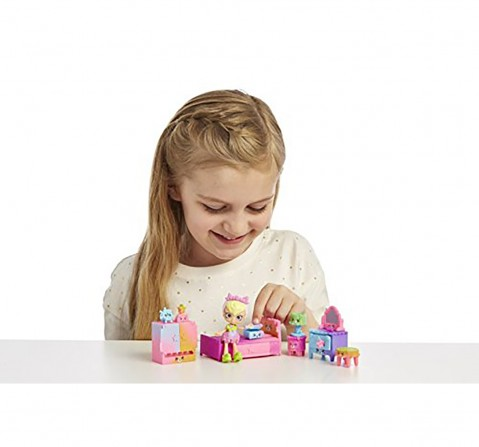 Shopkins Happy Places Rainbow Beach Furniture Set - Sleepy Shores Collectible Dolls for Girls age 4Y+