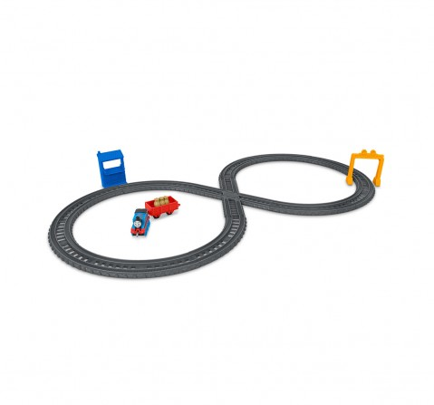 Thomas and Friends Trackmaster Thomas' Mail Delivery Train Engine Adventure,  Activity Toys for Kids age 7Y+