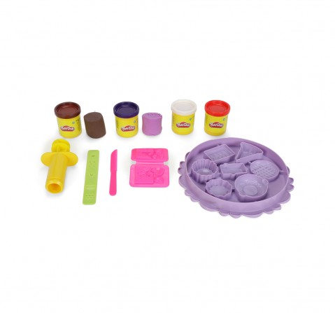 Play-Doh Sweet Treats Playset for Kids 3 Years and Up with 4 Non-Toxic Colors Clay & Dough for Kids age 3Y+
